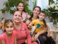 Пять дочек и сыночек