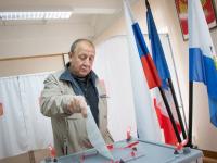 В Великом Новгороде открылись 95 избирательных участков