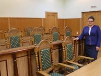 В присяжные приглашаются