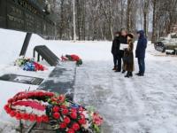 Мемориалы  привести в порядок