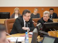Сергей Бусурин назначил своим заместителем депутата Евгения Кузикова