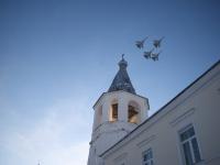 Истребители появились в небе Великого Новгорода