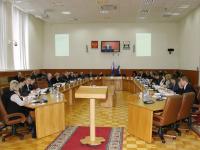 Работа мэрии оценена большинством депутатов на «удовлетворительно»