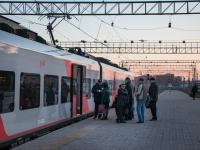 В Новгородской области с 1 мая запустят дополнительные пригородные поезда