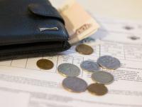 В Новгородской области растет долг по зарплате