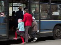 Льготные проездные новгородским школьникам вернут в сентябре